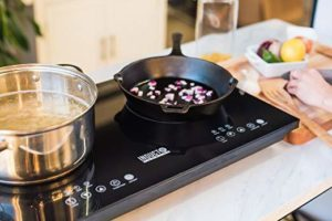 Top 7 Best Induction Cooktops in India 2021